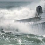 Pier Waves 02